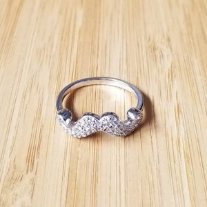 FREE🌟 Stirling silver size 8 mustache ring